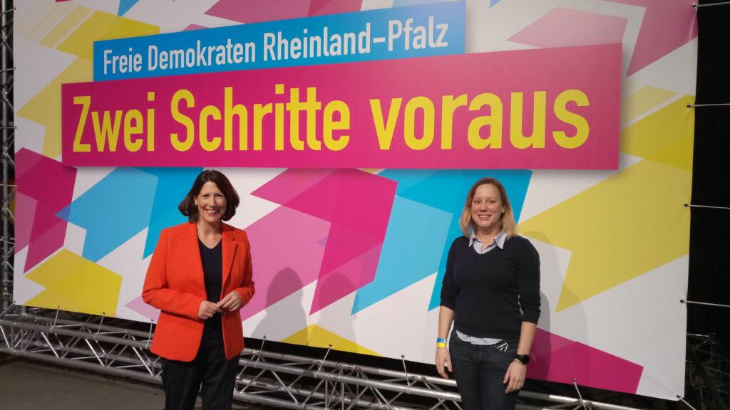 Daniela Schmitt und Kerstin Geesdorf